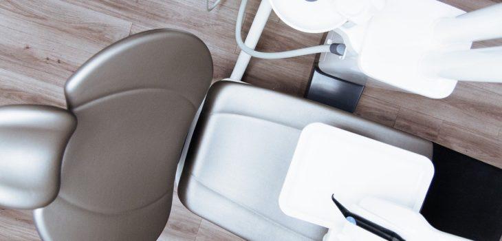chair-2589771_1280
